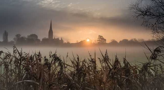 Salisbury-Cathedral-misty-winter